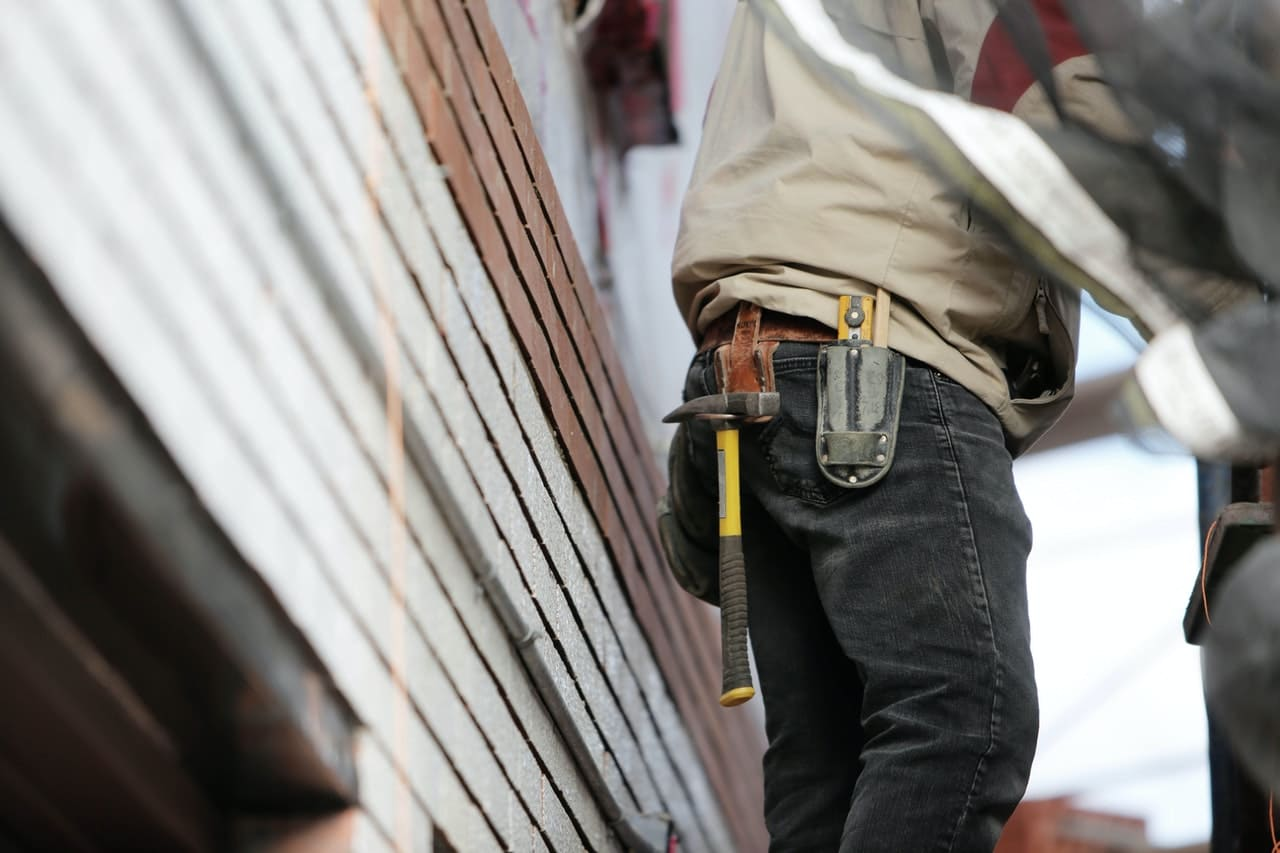 resolve issues promptly by having the right repair workers on call
